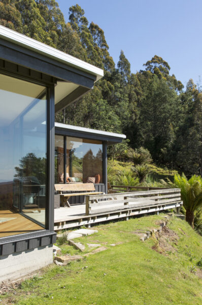 Jaws Architects Neika House Residential Mount Wellington Tasmania deck glazing