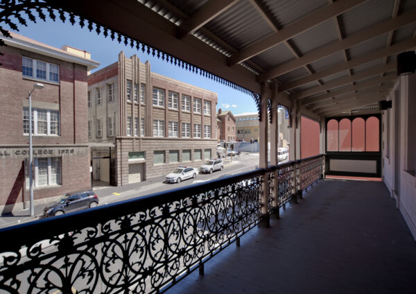 Jaws Architects Hollydene UTas Student Space Historic Site Balcony Street View