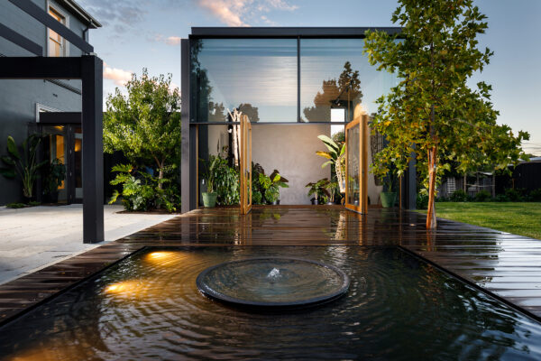 Residential Minallo House Extension Luxury Outdoor water feature