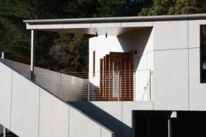 bruny island shack jaws architects